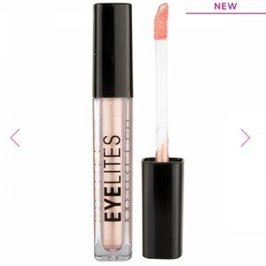 """New """"Model Co"""" Eyelites Metallic Eyeshadow!"""